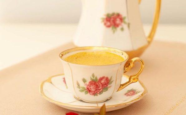 Elixir Dourado de Rosas